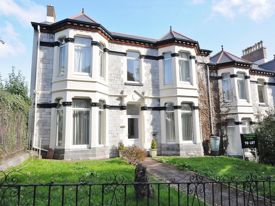 Tothill Avenue, Plymouth : Image 1